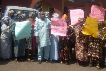 Federal retirees protest non-payment of 14-month pension arrears