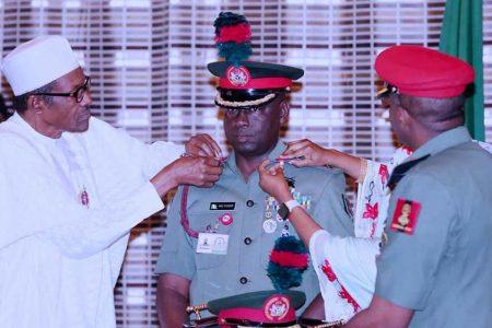 Buhari hails Guards Brigade for professionalism